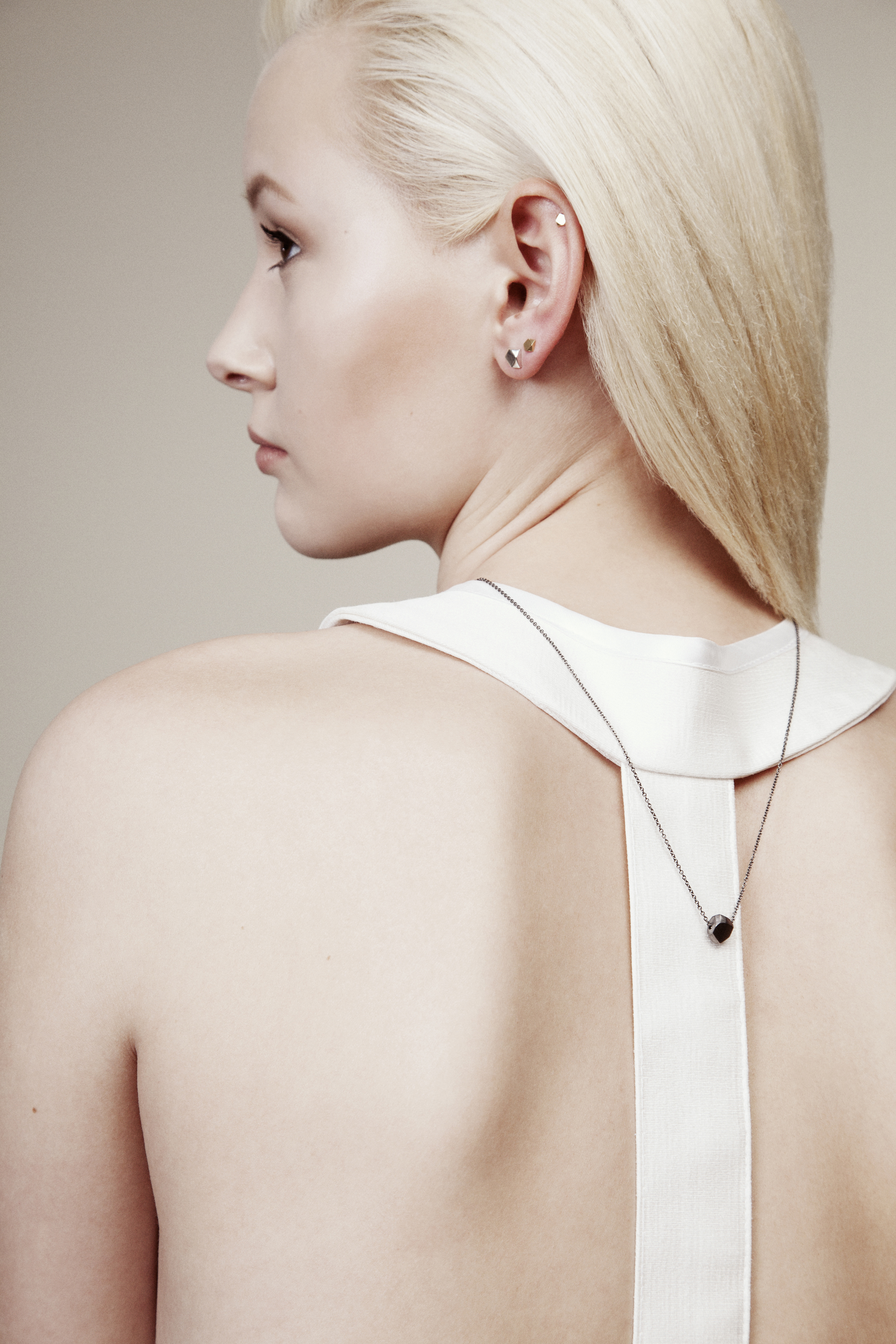 veronika dorosheva LOOKBOOK FOR IDAMARI AW COLLECTION